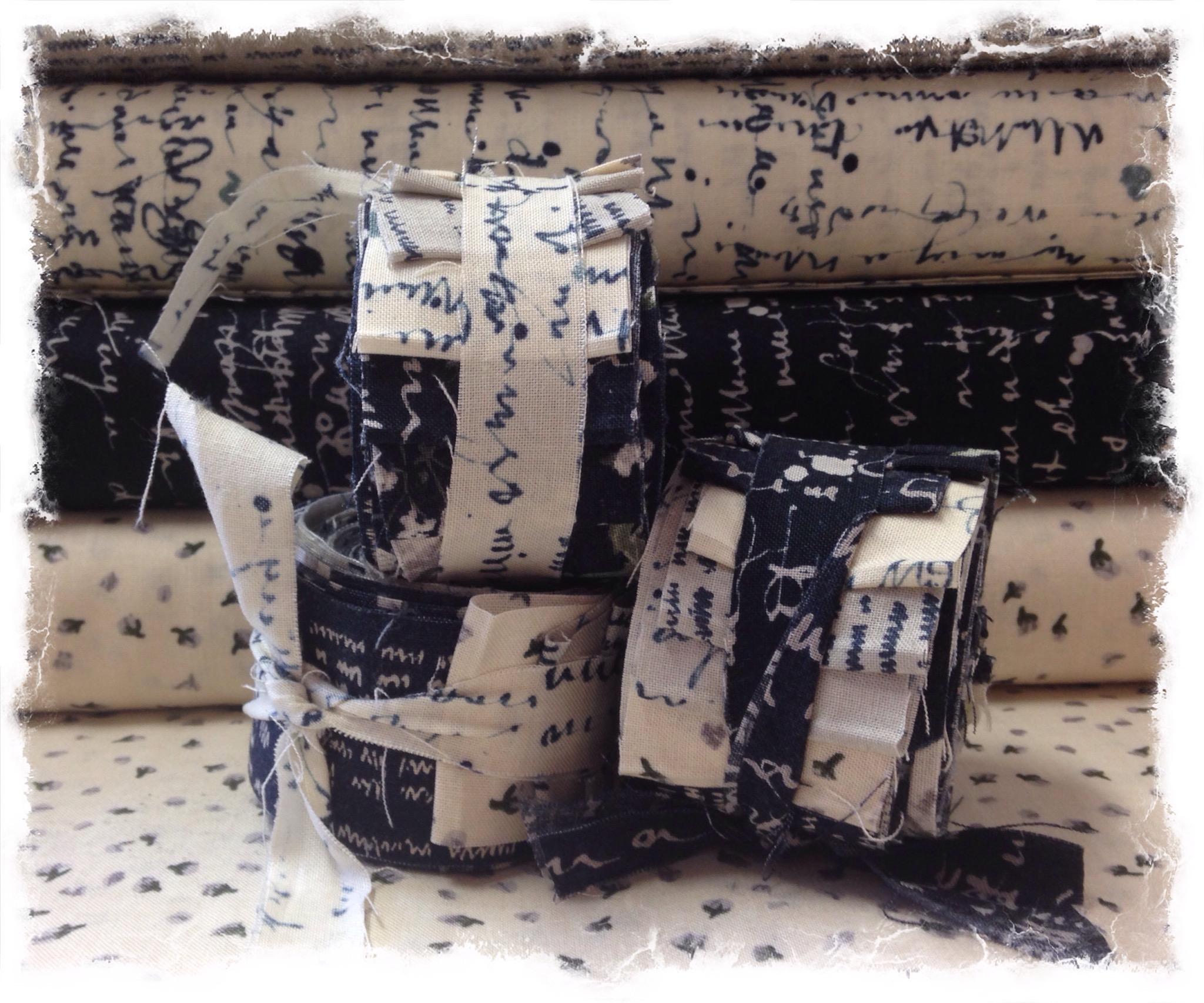 The wordsmith mini roll blue